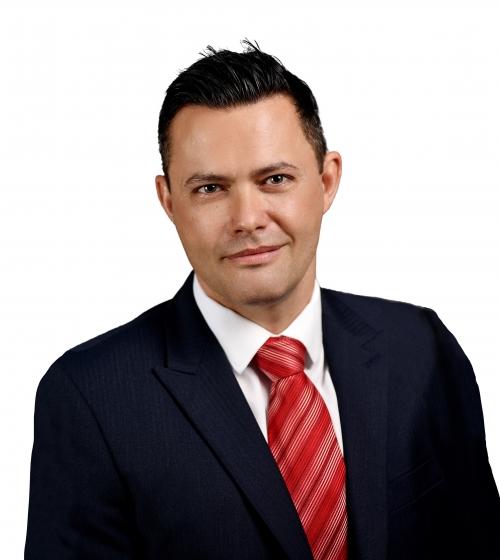 Adam Holdt profile photo